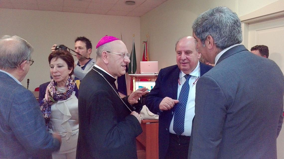 Vescovo, direttore generale e questore