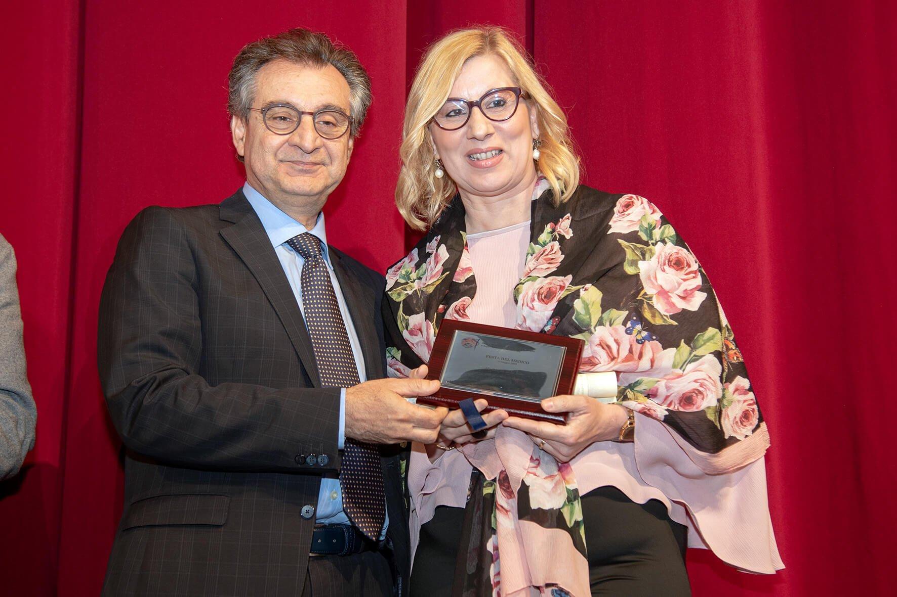 Asp. Luisa Puzzo premiata da Domenico Sindoni