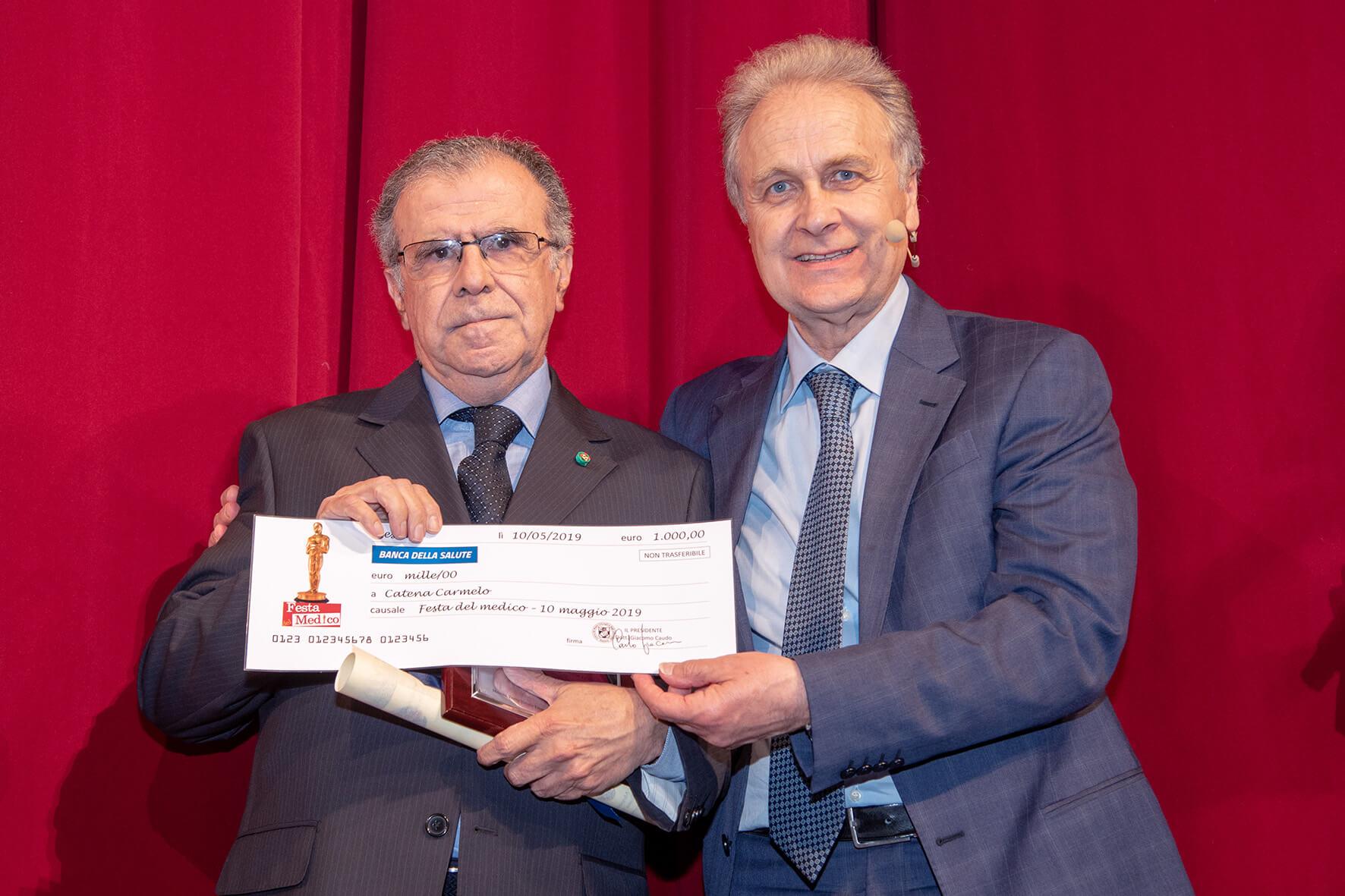 Ospedalità Privata. Carmelo Catena (Villa Cappellani) premiato da Giacomo Caudo
