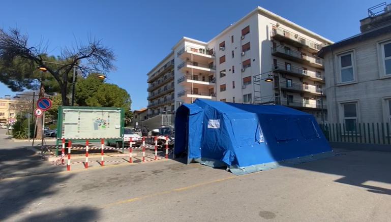 Ospedale Villa Sofia, tenda pretriage